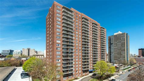 boston appartments cityview at longwood boston ma apartment finder