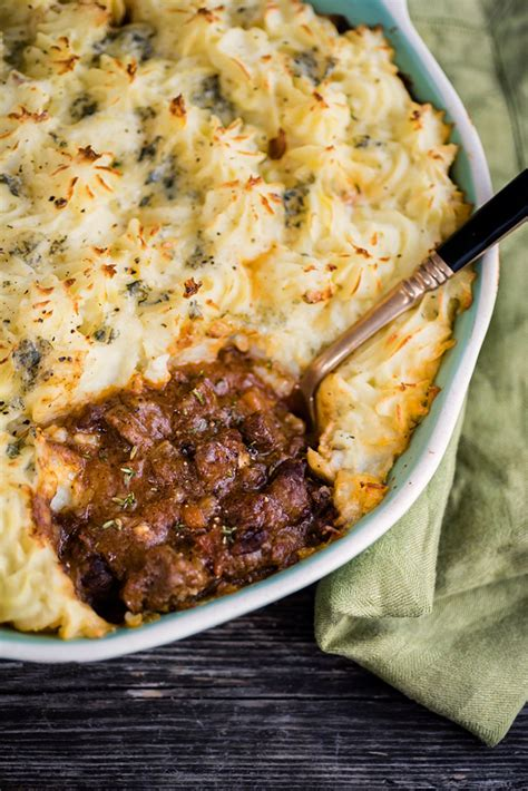 Steak Cottage Pie by Cottage Pie With Stilton Mash Supergolden Bakes