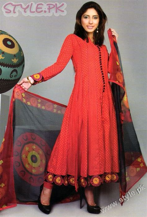 latest casual hairstyles in pakistan dresses for women in pakistan by warda
