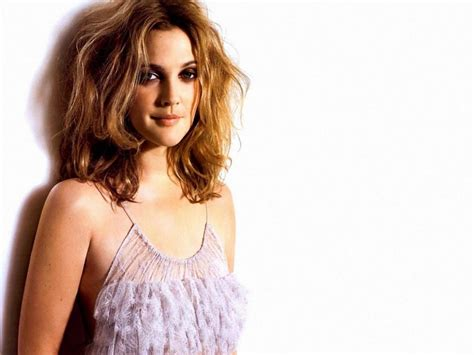 Drew Barrymoores Hair by Drew Barrymore Hairstyle Trends Drew Barrymore Hairstyle