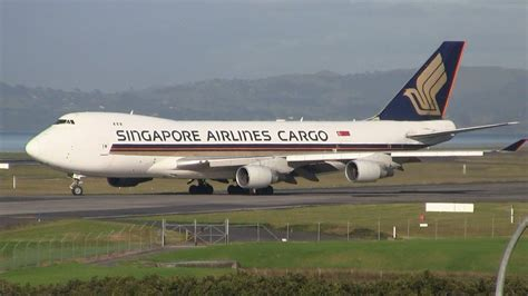 singapore airlines cargo boeing 747 400f takeoff auckland airport