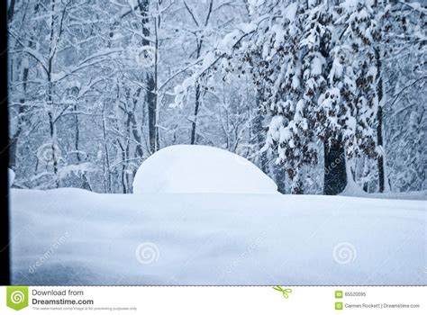 Minivan In Snow by Minivan In Snow Editorial Image Image 65520095