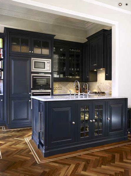 navy blue kitchen cabinet colors 1000 ideas about dark blue kitchens on