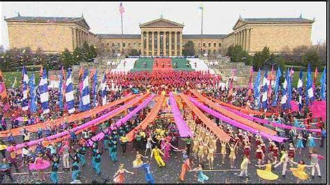 new year parade philly 2016 philadelphia thanksgiving day parade kaleidoscope