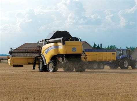 holland cx harvesting combine harvesters engine power  hp specification