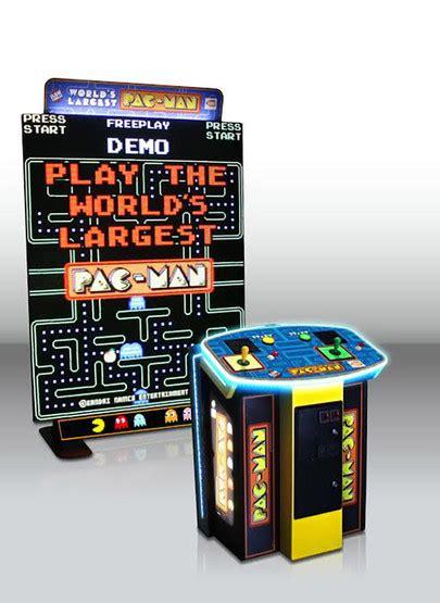 namco worlds largest pac man arcade game game room guys