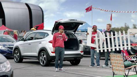 hyundai sponsorship hyundai kicks nfl sponsorship with d gate autoblog
