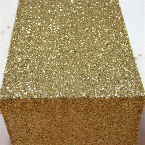 Gold Runners For Tables by Best 25 Gold Table Runners Ideas On Wedding
