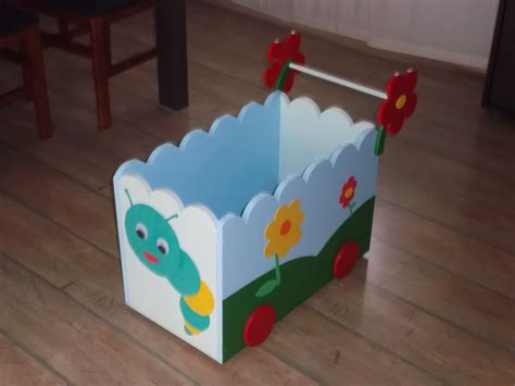 decoracion habitacion bebe goma eva carrito de madera con ruedas para juguetes decoraci 243 n
