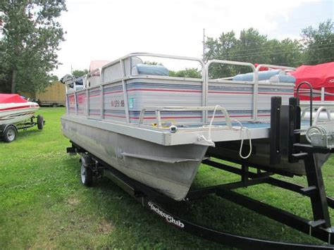 lowe pontoon boats used used lowe pontoon boats for sale page 1 of 2 boat buys