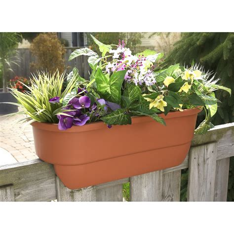 Deck Rail Planter From Sporty S Tool Shop Planters For Railings