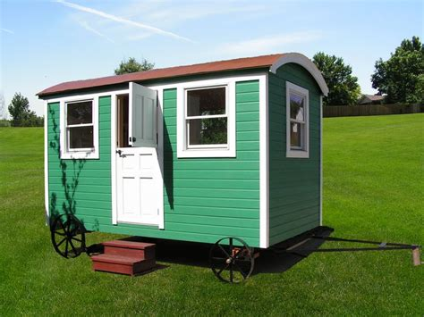 shepherds huts living 1445621363 english shepherds hut in america tiny living spaces english the wall and the floor
