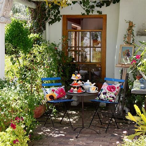 shady patio traditional garden design ideas decorating