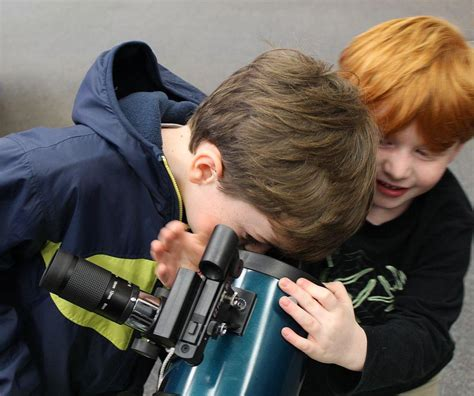 7 Years Background Check A Faster Route To Stargazing St Louis Libraries Add More Telescopes St Louis Radio