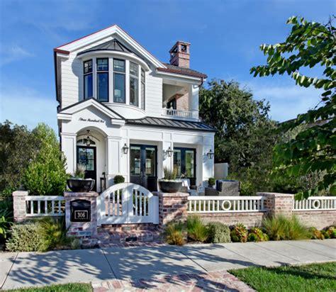 home bunch california beach house with modern coastal interiors