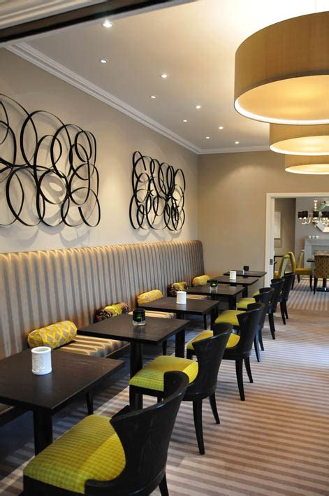 Restaurant Banquette Seating by Restaurant Banquette On Cafe Furniture