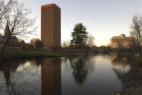 Cost Of Mba Umass Boston by Umass Delays Vote On Tuition Fee Increase The Boston Globe