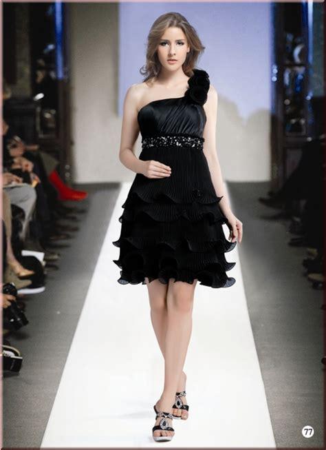 jurken winkel beijerlandselaan prachtige korte jurken in nieuwe modellen en kleuren