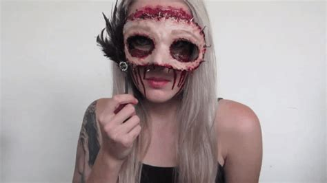 realistic halloween makeup   totally terrifying