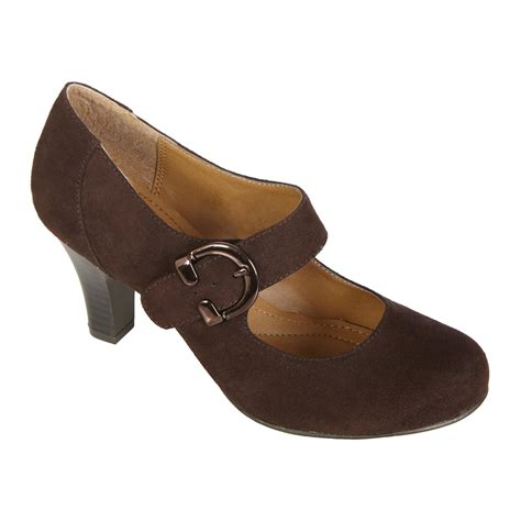 comfortable shoes for women over 50 jaclyn smith women s comfort dress pump alaina brown