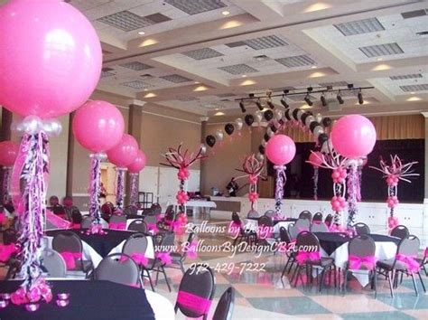 balloon centerpieces for wedding receptions 17 best images about quinceanera table arrangements