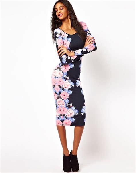 Midi Dress Wanita Pinguin Navy asos asos midi bodycon dress with placement print