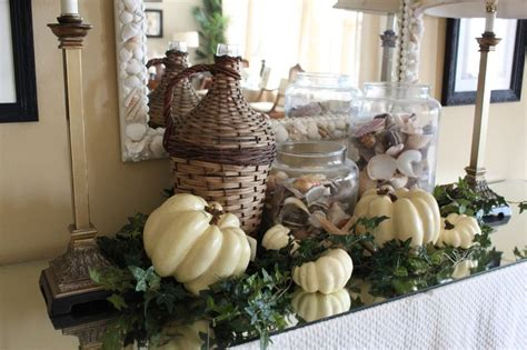 coastal fall decor autumnal atmosphere by the sea candles pine cones