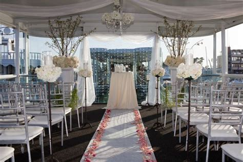 Cruises The Aisle by Newport Wedding Location Electra Cruises Los