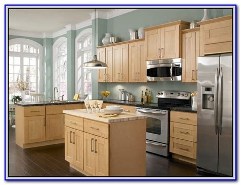 kitchen wall colors with honey oak cabinets painting
