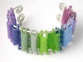 hold for linda m beading tutorial peyote stitch by