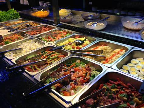 5 Best Buffet Restaurants In Hanoi Vietnam Travel Seafood Buffet Atlanta