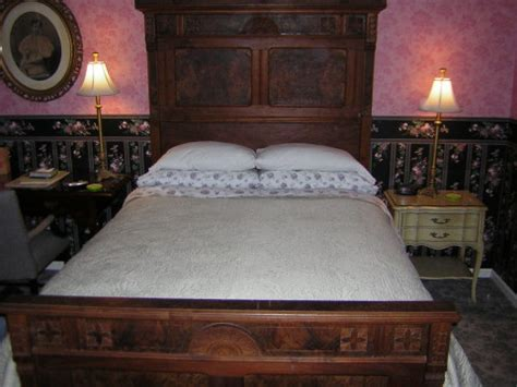columbus bed and breakfast columbus bed and breakfast harrison house bed breakfast