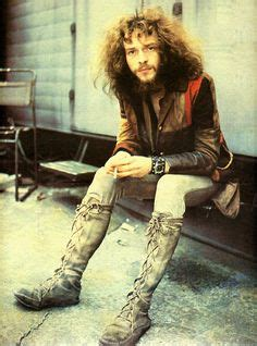 jethro tull sitting on a park bench 1000 images about rock ian anderson on pinterest