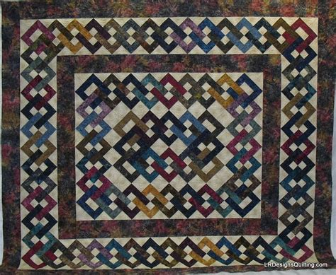 Chain Quilt Pattern by Quilting Lattice Chain Patterns On