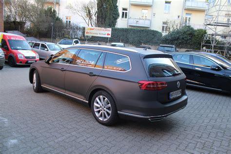 auto folierung schwarz matt vw passat in schwarz braun matt metallic nato oliv