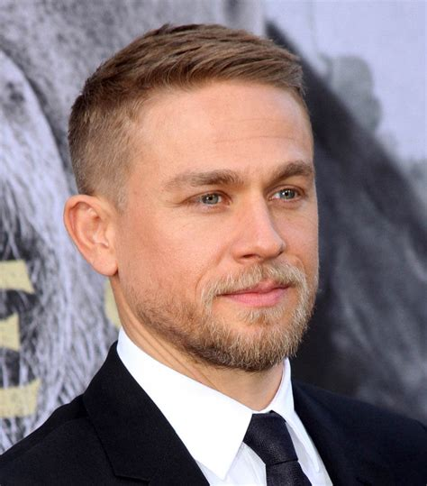 how to get thecharlie hunnam haircut how to get thecharlie hunnam haircut jax teller hair