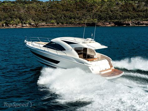 riviera  sport yacht picture  boat review  top speed