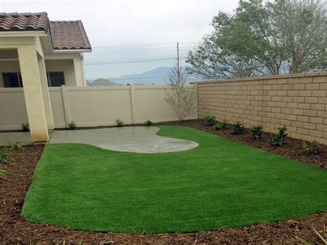 Artificial Grass Modesto, California. Putting Greens