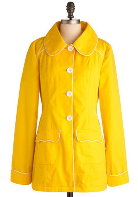 8 Coats By Tulle Clothing by Yellow So Coat 8 Coats By Tulle Clothing