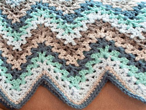 Crochet Ripple Baby Blanket Pattern by V Stitch Crochet Ripple Afghan Pattern Petals To Picots