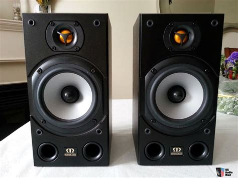 monitor audio bronze 1 bookshelf speakers photo 995503