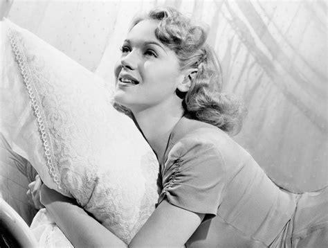 almohada antiarrugas lo 250 ltimo en antiarrugas es una funda de almohada s moda