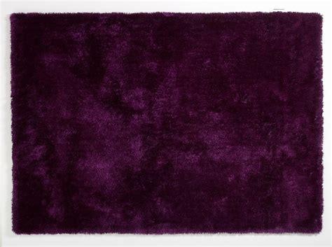 teppich aubergine colourcourage aubergine teppich hochflor teppich bei tepgo