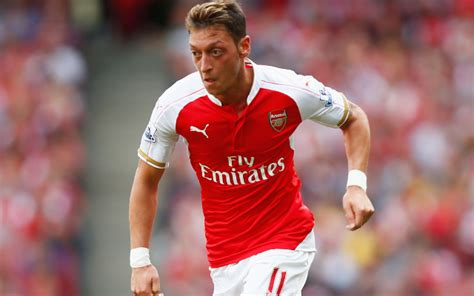 arsenal ozil news mesut ozil reveals why he chose to play for arsenal