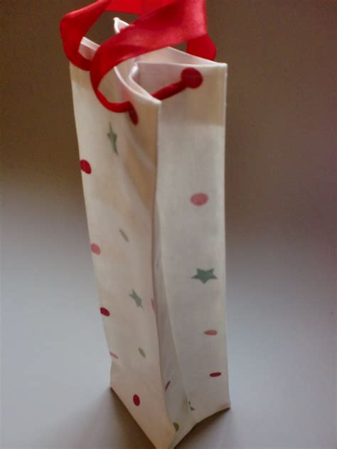 what to put in a gift bag how to make a oilcloth gift bag tutorial