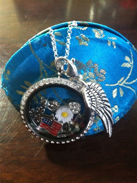 Origami Owl Large Silver Locket With Crystals - pin by on origami owl