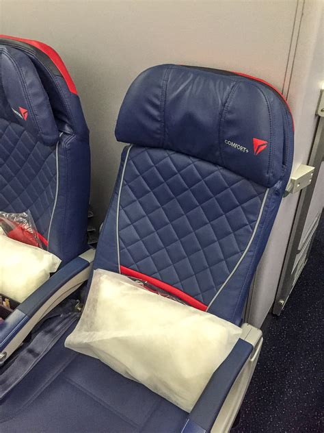 delta comfort plus airline review delta comfort insideflyer de