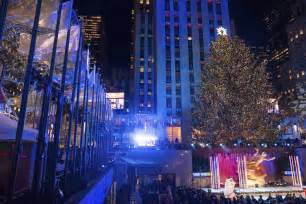 rockefeller tree lighting rockefeller tree lighting attracts thousands