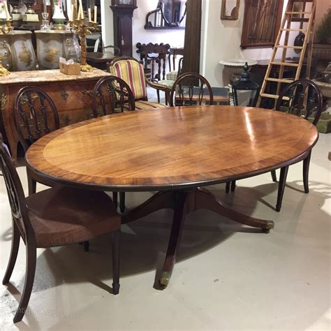 Oval Dining Tables For 8 Large Georgian Oval Dining Table 8 Seater Antiques Atlas
