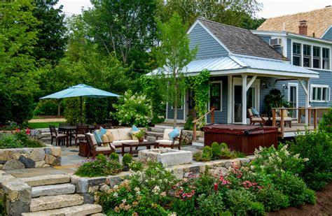 Landscape Design Htons Farmhouse Backyard Designs Home Home Design Ideas